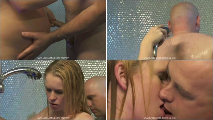 Pregnant-Shower_sex_with