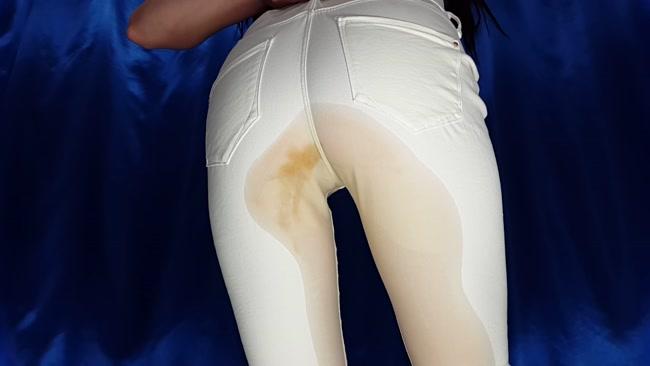 White Jeans - Anna Coprofield