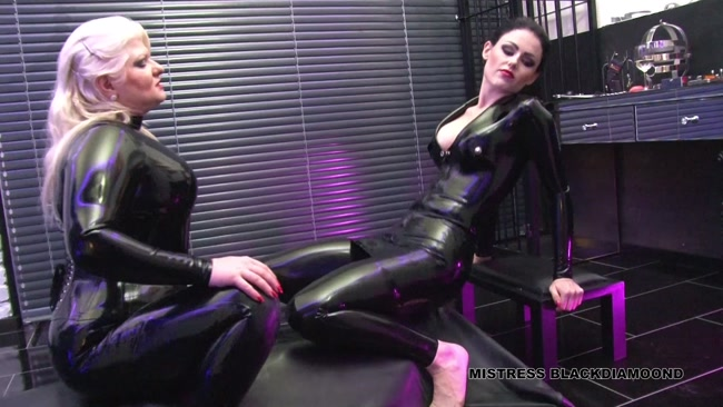 Mistress Black Diamoond - Used in a vacuum bed