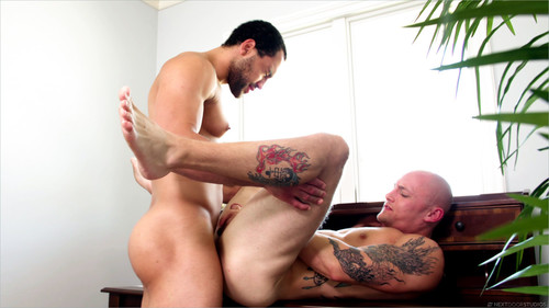NextDoorBuddies – Sneaking Around (Trevor Laster & David Rose) Bareback
