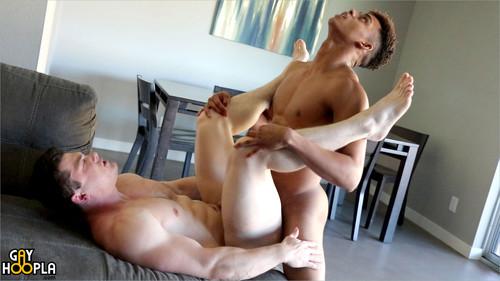 GayHoopla – Ian Borne Fucks Collin Simpson For His Gay Porn Debut