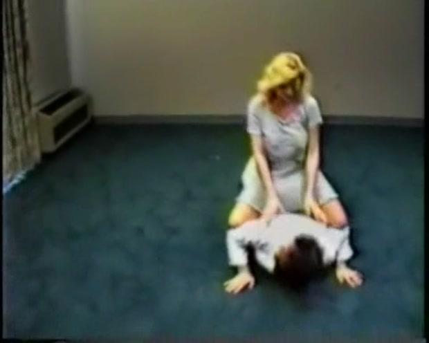 Fisting lesbian orgasms video