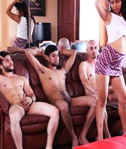 Elizabeth Marquez-Casting 3 Hombres-Partes 1 Y 2
