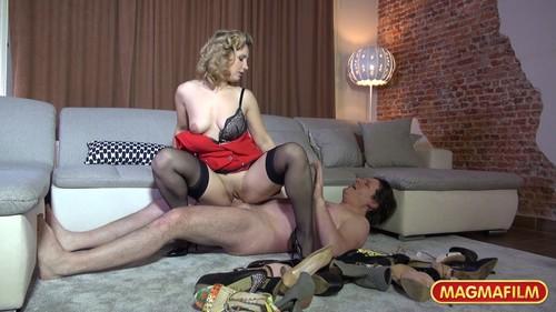 Geiler Schuh Fetisch Scene 1 – Olga Love