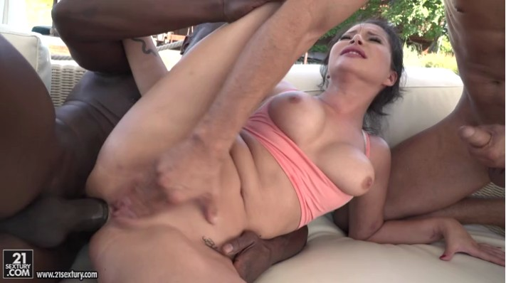 Gorgeous Anna Polina Takes Two Big Cocks At Once Daftsex 1