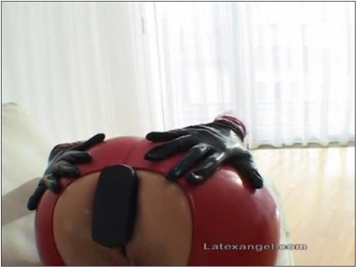Jenna haze cumshot on boobs