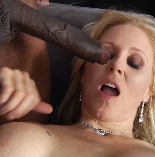 Julia Ann, Shane Diesel - Milf Julia Ann Gets Her Pussy Pounded by a Hung Black Stud [HD] PinkoClub - (627 MB)