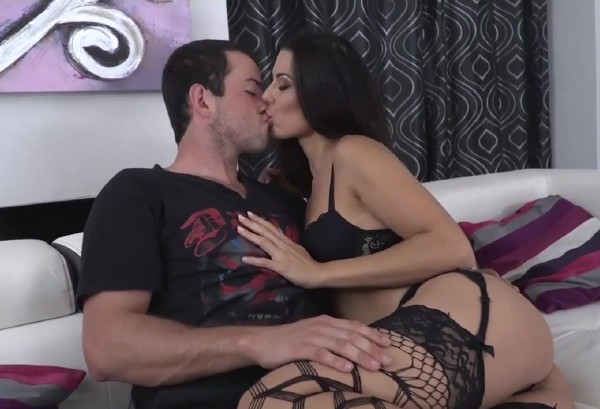 Escort Girl (Alexa Tomas) PornHubPremium [HD]