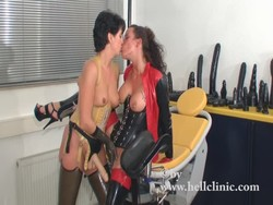 396.4 MB | Rubber fisting and peeing | wmv | 00:12:28 | 1440x1080