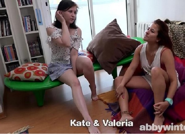 Kate G, Valeria - Deep fingering - SD (2018/Abbywinters.com/235 MB)