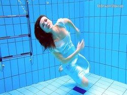 Tags:  fetish, underwater, softcore, nude