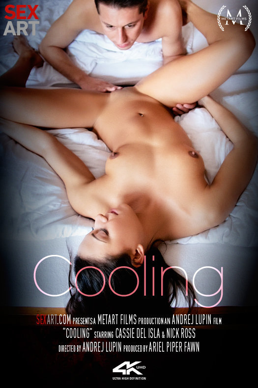 Cassie Del Isla - Cooling [SD/360p/265.17 Mb] SexArt / MetArt