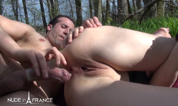 Mature bourgeoise hard anal fucked outdoor by the garderner (Louise Du Lac) NudeInFrance [SD]