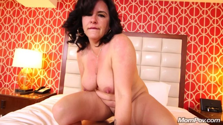 Mompov - Trudy - Freaky hairstylist MILF does first porn 2018 - 720p Free Download From pornparadise.org