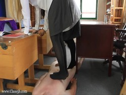 Tags: femdom, humilliation, torture, bondage, domination