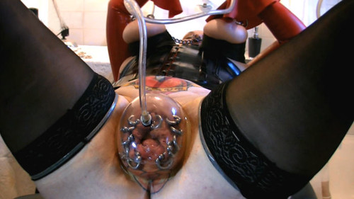 Slave%20M%20-%20Filled_%20Plugged_%20Wet%20and%20Stretched_m.jpg