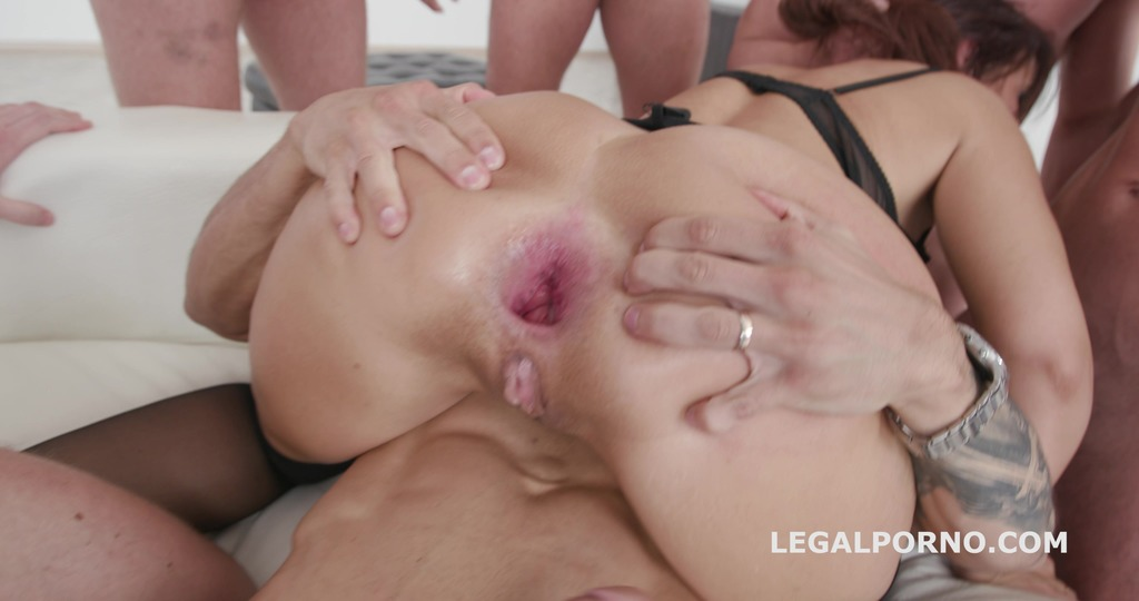 LegalPorno - Giorgio Grandi - 7on1 DAP gangbang with Syren De Mer BallsDeepAnal & DAP / Gapes / Squirt / Facial GIO642
