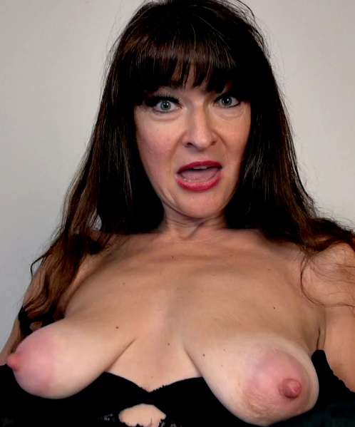 Ivana Slew 48 years old Ladies With Toys