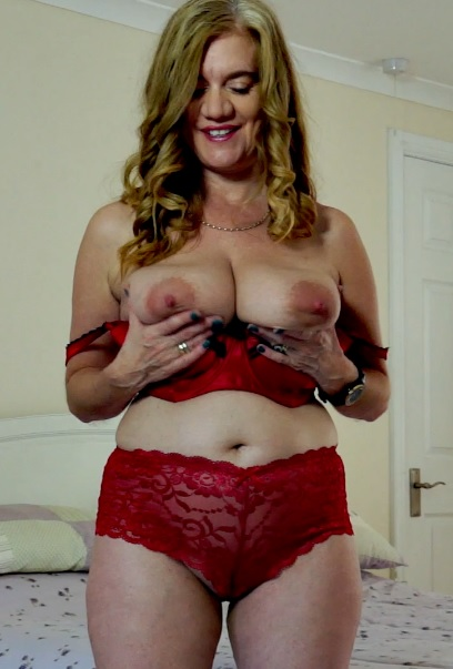 Lily May 48 years old Mature Pleasure