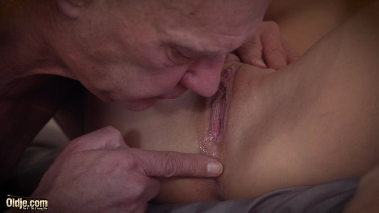 Oldje - ClassMedia - Oldje 650 Ria Sunn - In The Mood For Play 2018 - 1080p Free Download From pornparadise.org