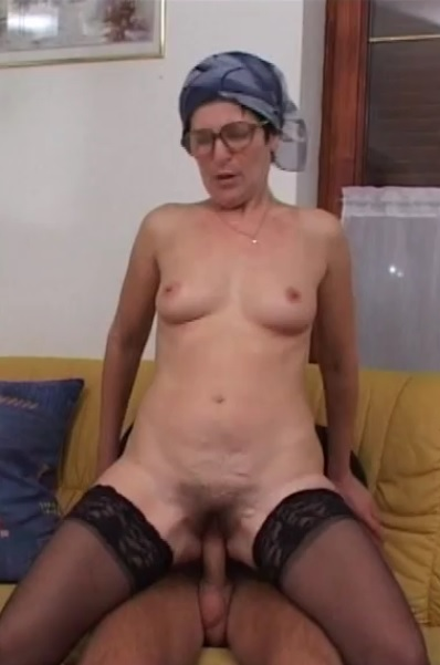 Hairy mature lady in action