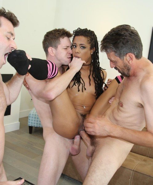 WeFuckBlackGirls/DogFartNetwork - Kira Noir - Kira Noirs Second Appearance [HD 720p]