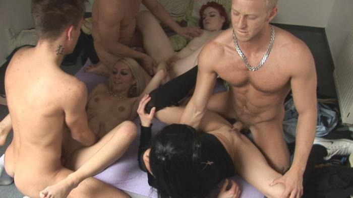 CZECH HOME ORGY 7 - PART 5 [CzechHomeOrgy / CzechAV / SD 396p]