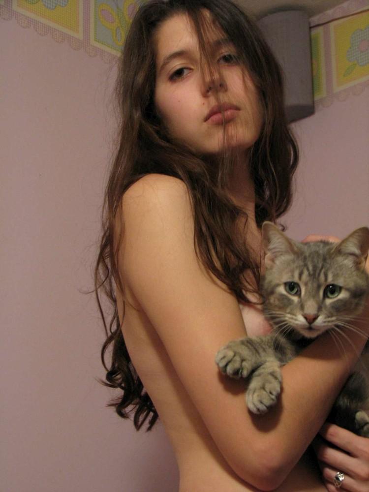 羨慕抱在胸前的那隻貓【181P】