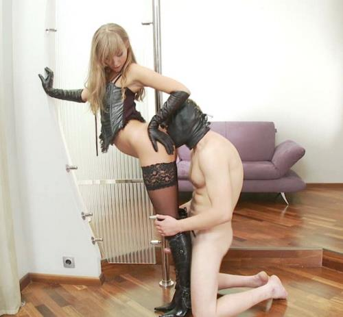 Anna - The Perfect Boot Domination (HD)