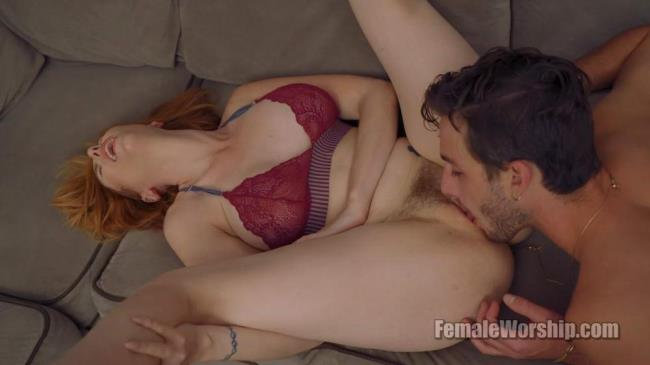 LAUREN PHILLIPS - SNIFFING MY PANTIES [1080]