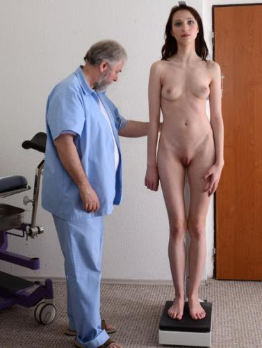 Suzan - 21 years girl gyno exam (HD)