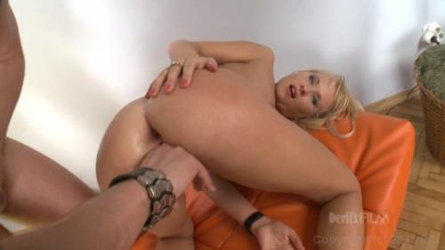 Amelie - I Wanna Buttfuck Your Daughter (216 MB)