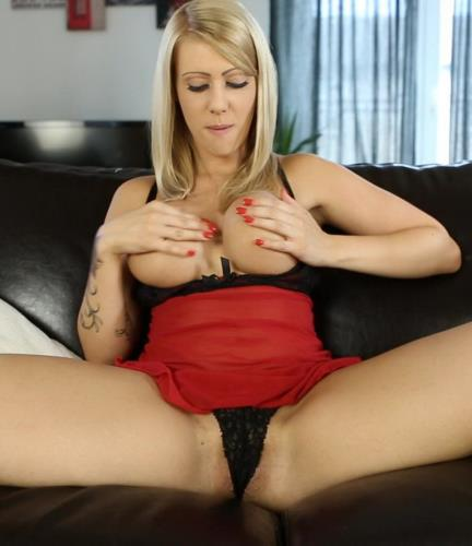 Stockings Slut - Stockings Slut (FullHD)