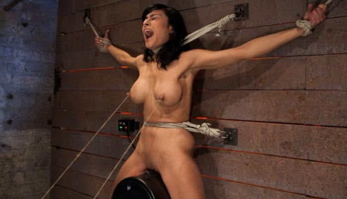 Kink: Beretta James - Nipples pull 1 way, neck rope pulls the other. 2 options: breathe or suffer. [HD 720p] (497.32 Mb)