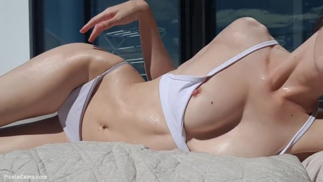 Miss Alice-94 - Oiled Up Sunbathing and Flashing [FullHD 1080p]