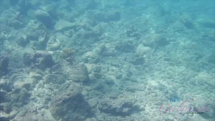 ATKGirlfriends - Jade Amber - Virtual Vacation Kauai 7-12 - 2018 - 1080p Free Download From pornparadise.org