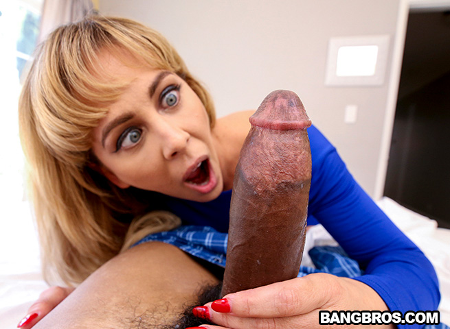 Cock Hungry MILF Finally Got Her Nut (Cherie Deville) BangBros [SD]