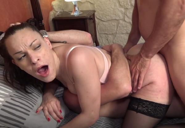 Melanie - Melanie reve de double [HD 720p] - JacquieEtMichelTV