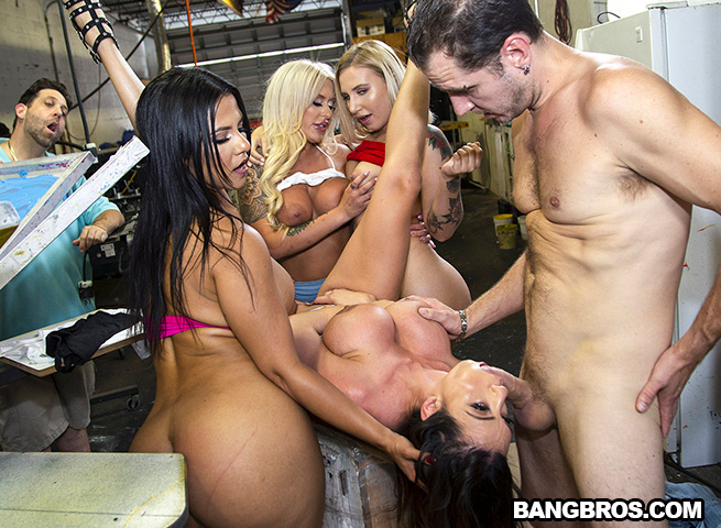 We're Taking Over (Ariella Ferrera, Rose Monroe, Brandi Bae, Stella Ray) FuckTeamFive [SD]