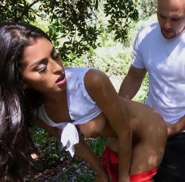 Sophia Leone - In Public With Latina Beauty Sophia Leone 1080p