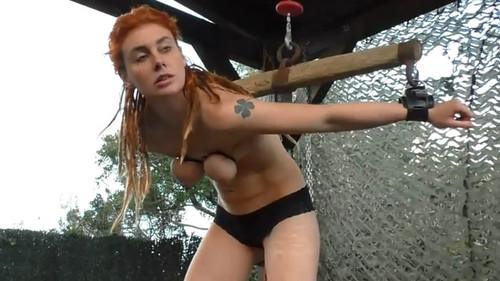 Sex%20Muriel%20in%20severe%20Pain%20-%20Cam2%20bip065-2_m.jpg