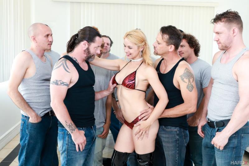 Blow Bang Vandella (Sarah Vandella) HardX / XEmpire [SD]