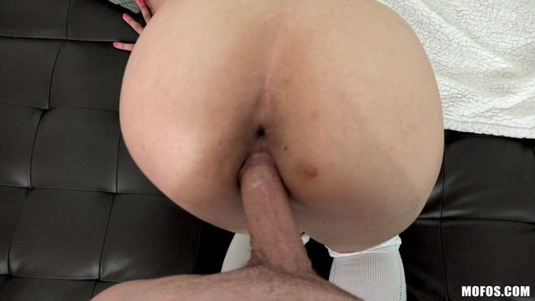 MofosBSides 18 07 22 Jamie Marleigh Serving Up Some Anal XXX 1080p MP4-KTR Free Download