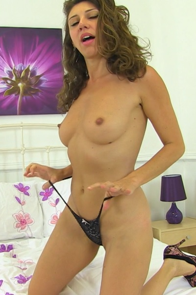 French hairy mom Chloe playing with herself