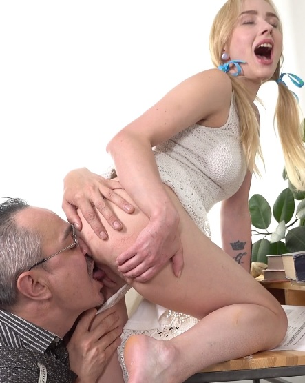 Effy Sweet in Teacher gives sweet blonde a private sex lesson