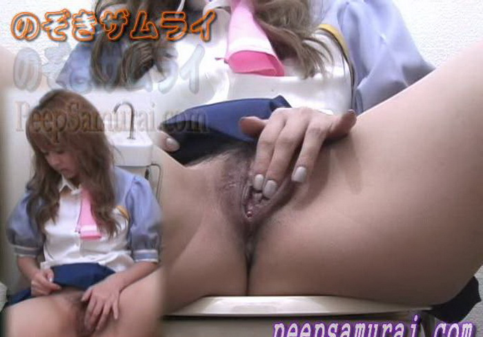 Asian girls - Zoom up Nust of beautiful hips in the ladies toilet... (PeepSamurai) [SD 480p]