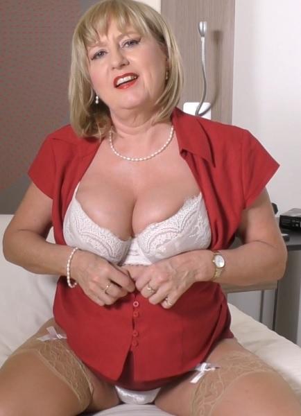 Lorna Blu (EU) (57) in big breasted housewife Lorna Blu playing with her toy