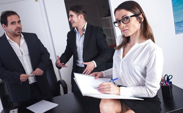 Valentina Bianco - Wild DP Sex in the Office (2018/FullHD)