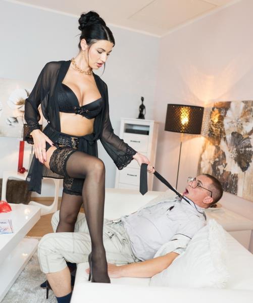 Ania Kinski - Milf Sex Goddesss squirting orgasm (2018/FullHD)