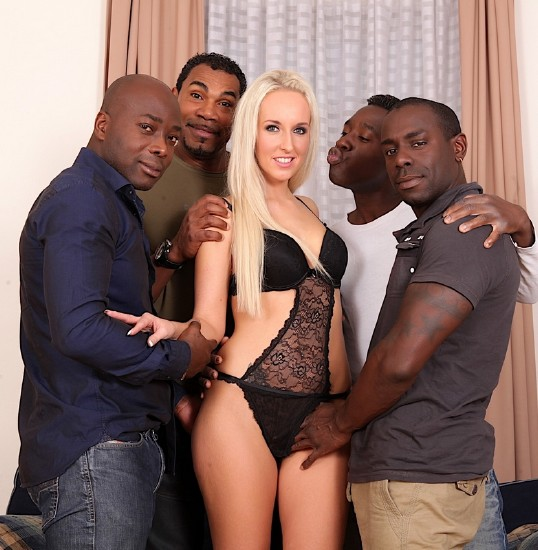 Jenny Simons - 4 Black Cocks for Every Blonde [HD/720p/1.45 Gb] DarkSodomy
